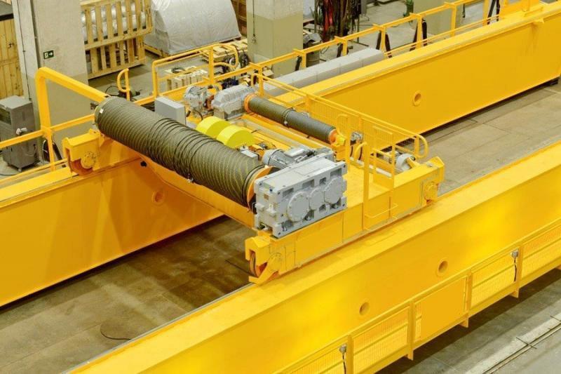 Empresa especializada em manutenção de ponte rolante