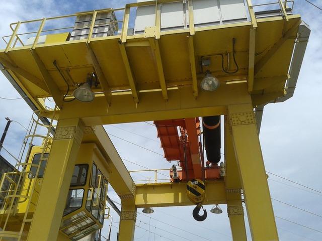 Adequação às Normas e Laudos Técnicos em equipamento de elevação e Movimentação de Carga